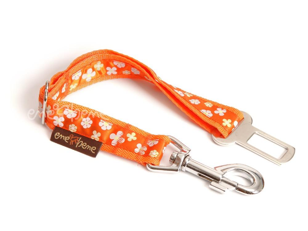 Ene Bene bezpečnostní pás do auta pro psa oranžový s kytičkami š. 2,5 cm M - L