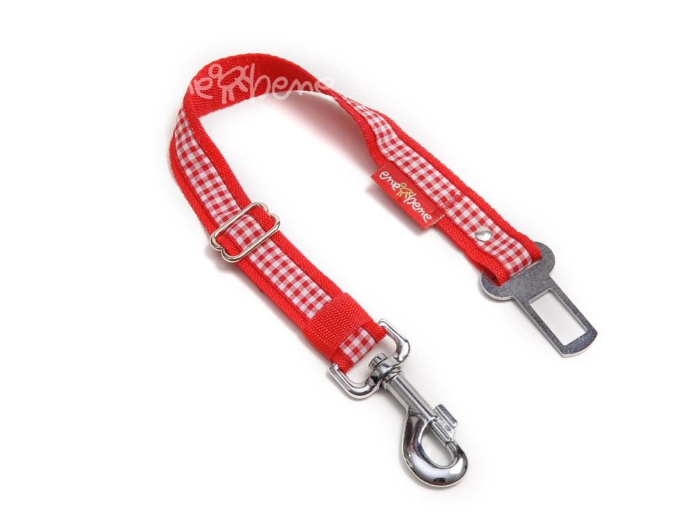Ene Bene bezpečnostní pás do auta pro psa káro červené, š. 2,5 cm M - L